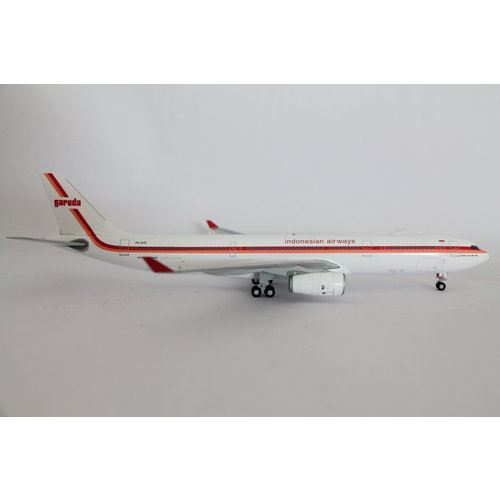 "JC Wings 1:200 Garuda Indonesia ""Retro Livery"" A330-300"