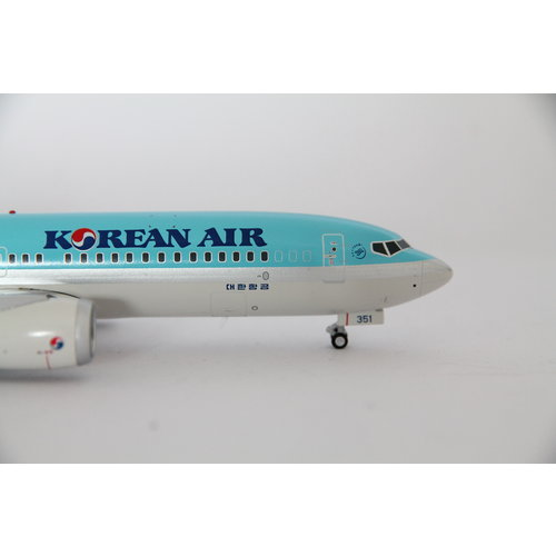 JC Wings 1:200 Korean Air B737-8MAX