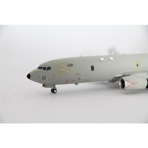 "Gemini Jets 1:200 Royal Air Force (RAF) Boeing P-8 Poseidon ""Lossiemouth"""