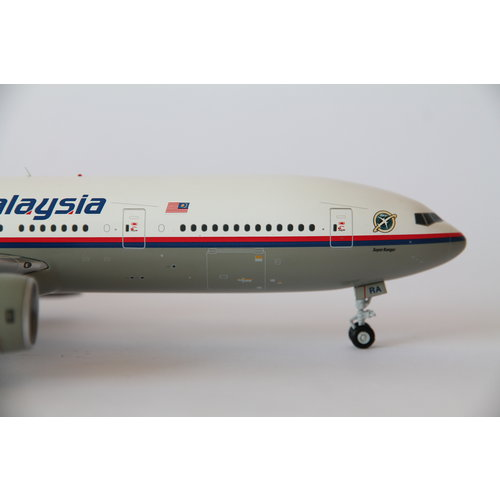 """JC Wings 1:200 Malaysia Airlines """"Super Ranger"""" B777-200"""