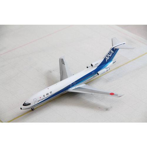 JC Wings 1:200 ANA B727-200