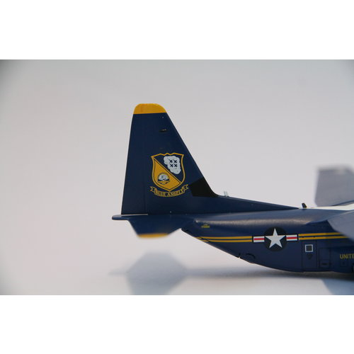 "Gemini Jets 1:200 Lockheed Hercules C130J US Marines Blue Angels 170000 ""Fat Albert"""