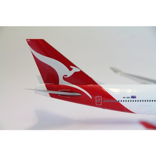 Gemini Jets 1:200 Qantas  B747-400 - Flaps Down