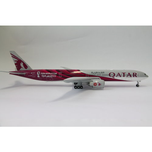 "Gemini Jets 1:200 Qatar Airways ""World Cup 2022"" B777-300ER"