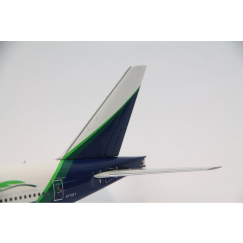 """JC Wings 1:200 Boeing House Color """"Eco Demonstrator Livery"""" B777-200"""