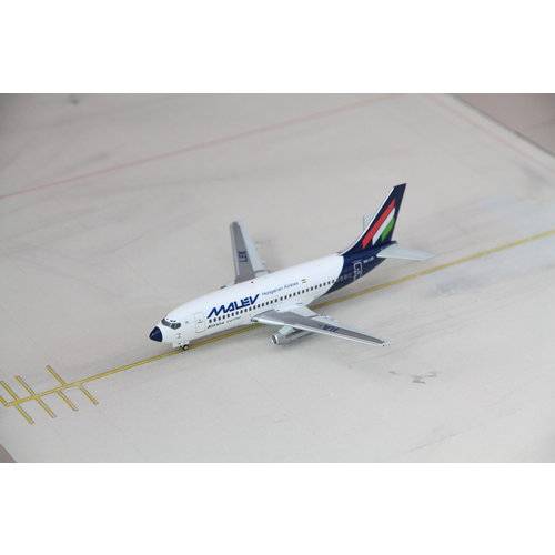 JC Wings 1:200 Malev B737-200