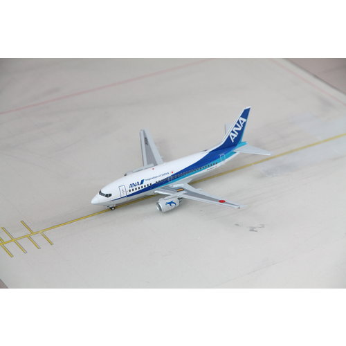 JC Wings 1:200 ANA B737-500