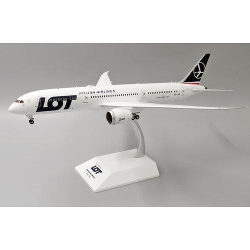 JC Wings 1:200 LOT B787-9