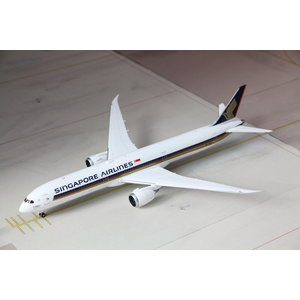 """JC Wings 1:200 Singapore Airlines """"1000th 787"""" B787-9"""