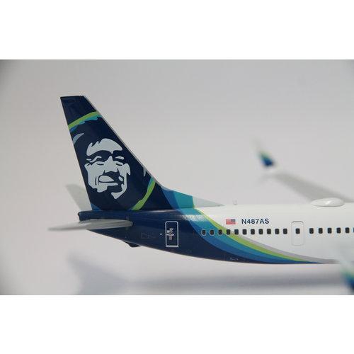 "Gemini Jets 1:200 Alaska ""One World"" B737-900ER"