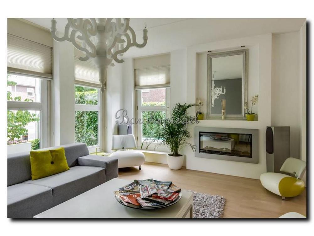 Barokspiegel.nl Modern mirror Lucerne Green cream-silver large 93mm