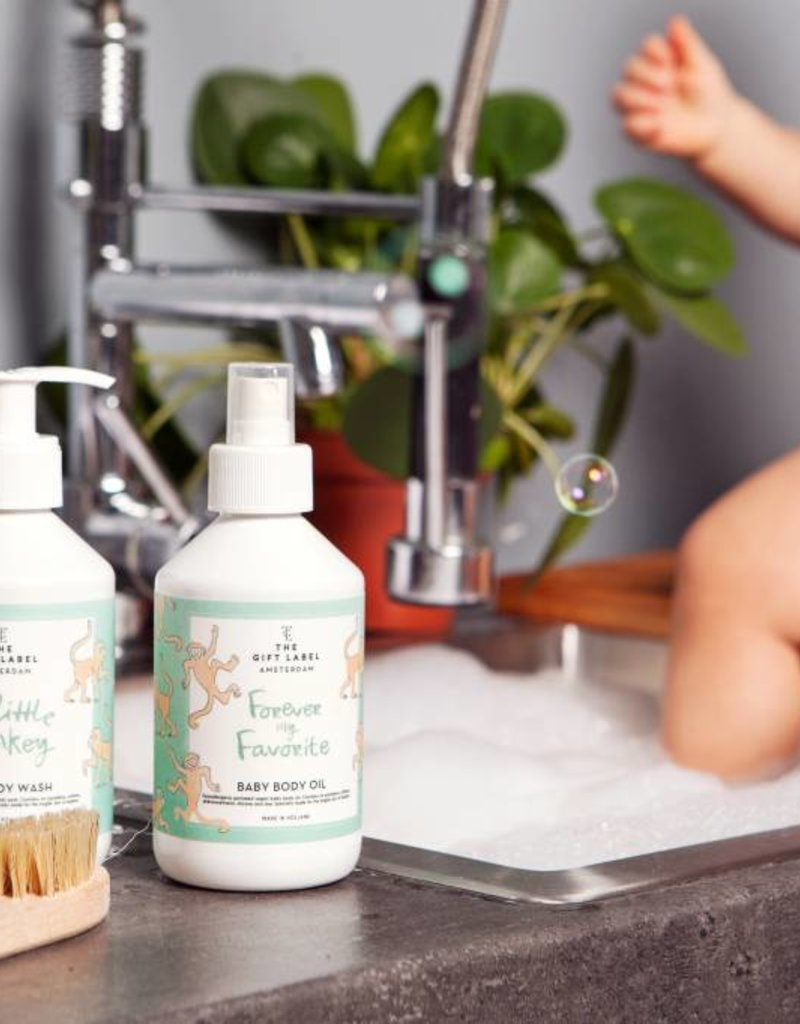 The gift label Baby body oil: Forever