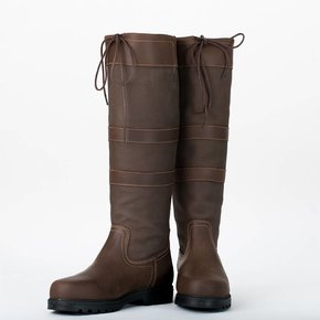 Outdoor boots with 3 straps