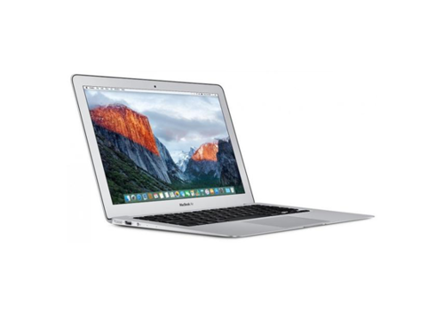 MacBook Air 11 Inch  Core i5 1.6 GhZ 256GB 4GB Ram
