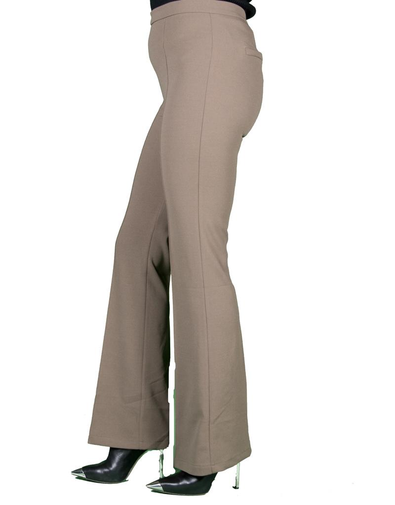 Ivivi Lichtbruine pantalon met flared pijpen van Ivivi