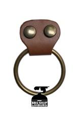 Xapron Xapron - metalen ring aan schort laten maken