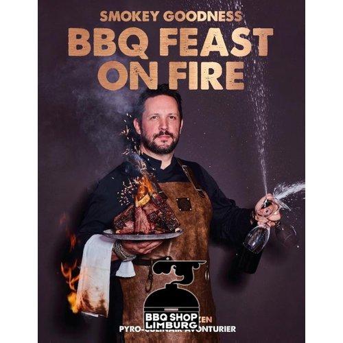 Kosmos Smokey Goodness BBQ FEAST ON FIRE boek