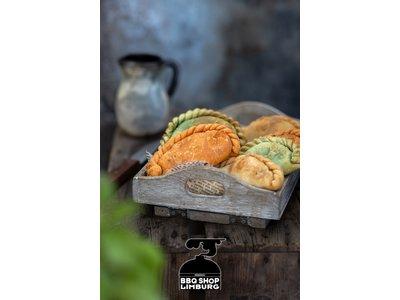 Handmade Empanada's Handmade Empanada's snack size 80g - diverse smaken