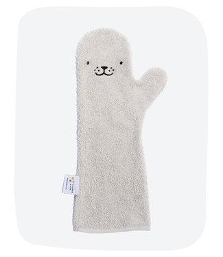 Baby shower glove Baby shower glove Grey seal