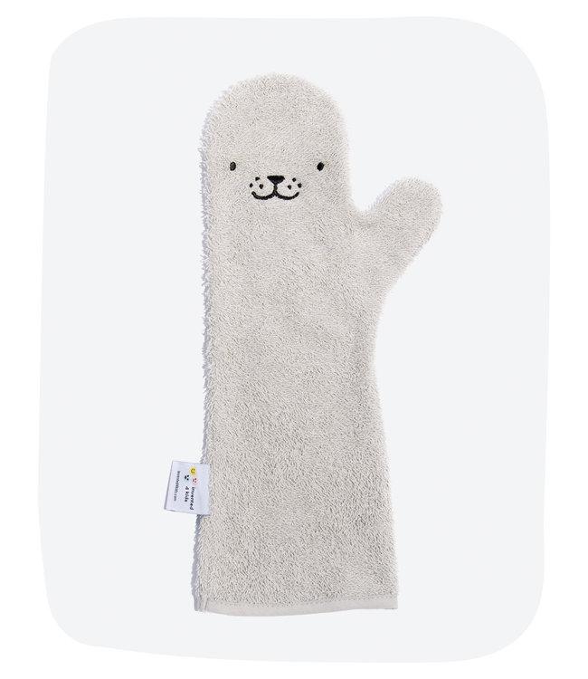 Baby shower glove Baby shower glove Grey seal nieuw