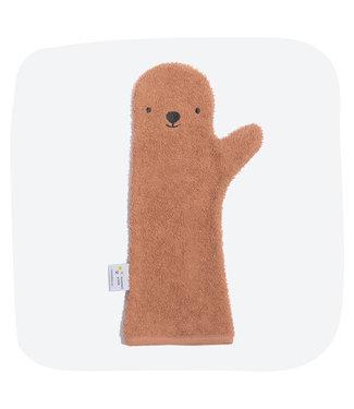 Baby shower glove Baby shower glove Brown bear
