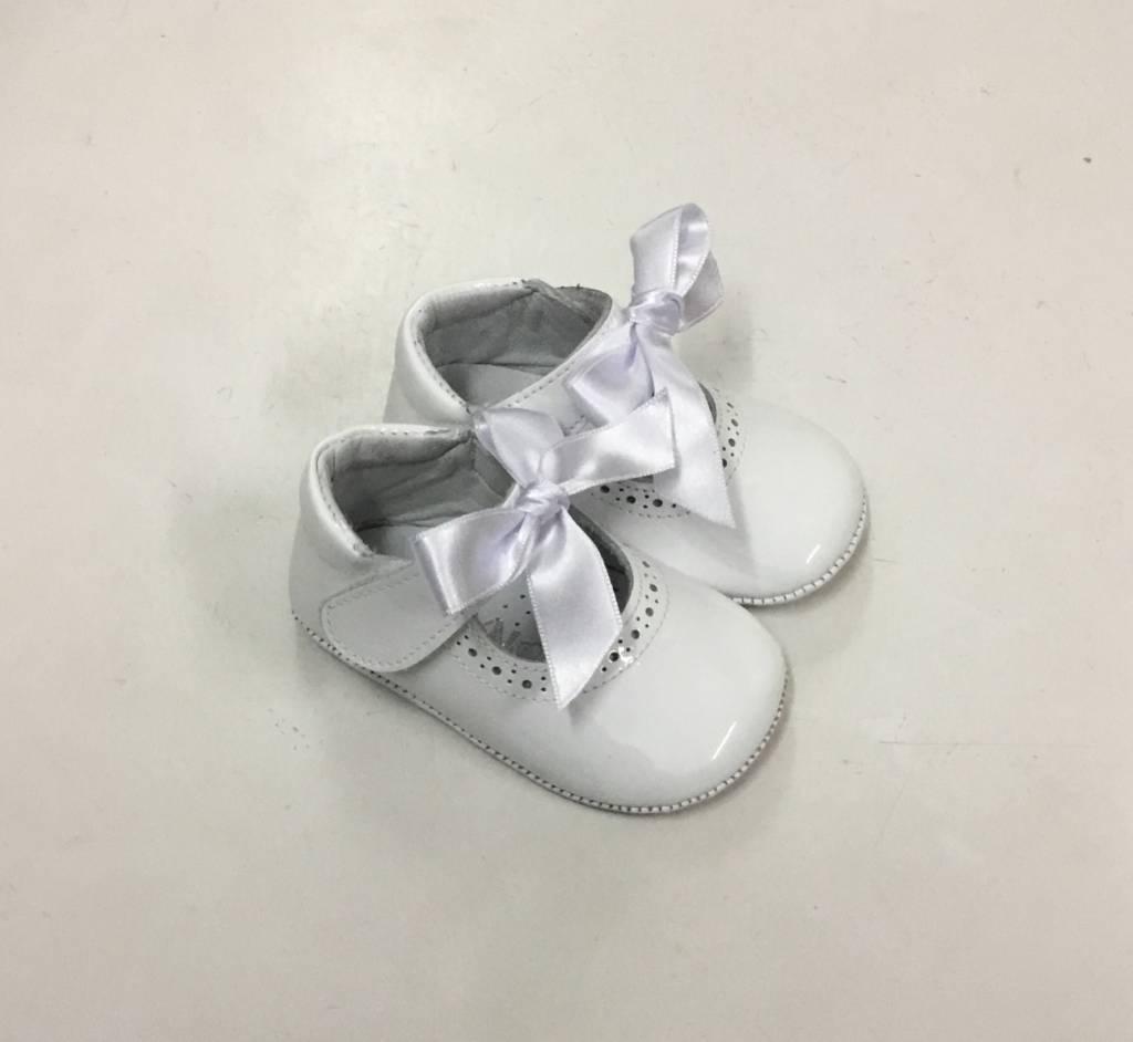 Panyno Girls White Patent Pram Shoe