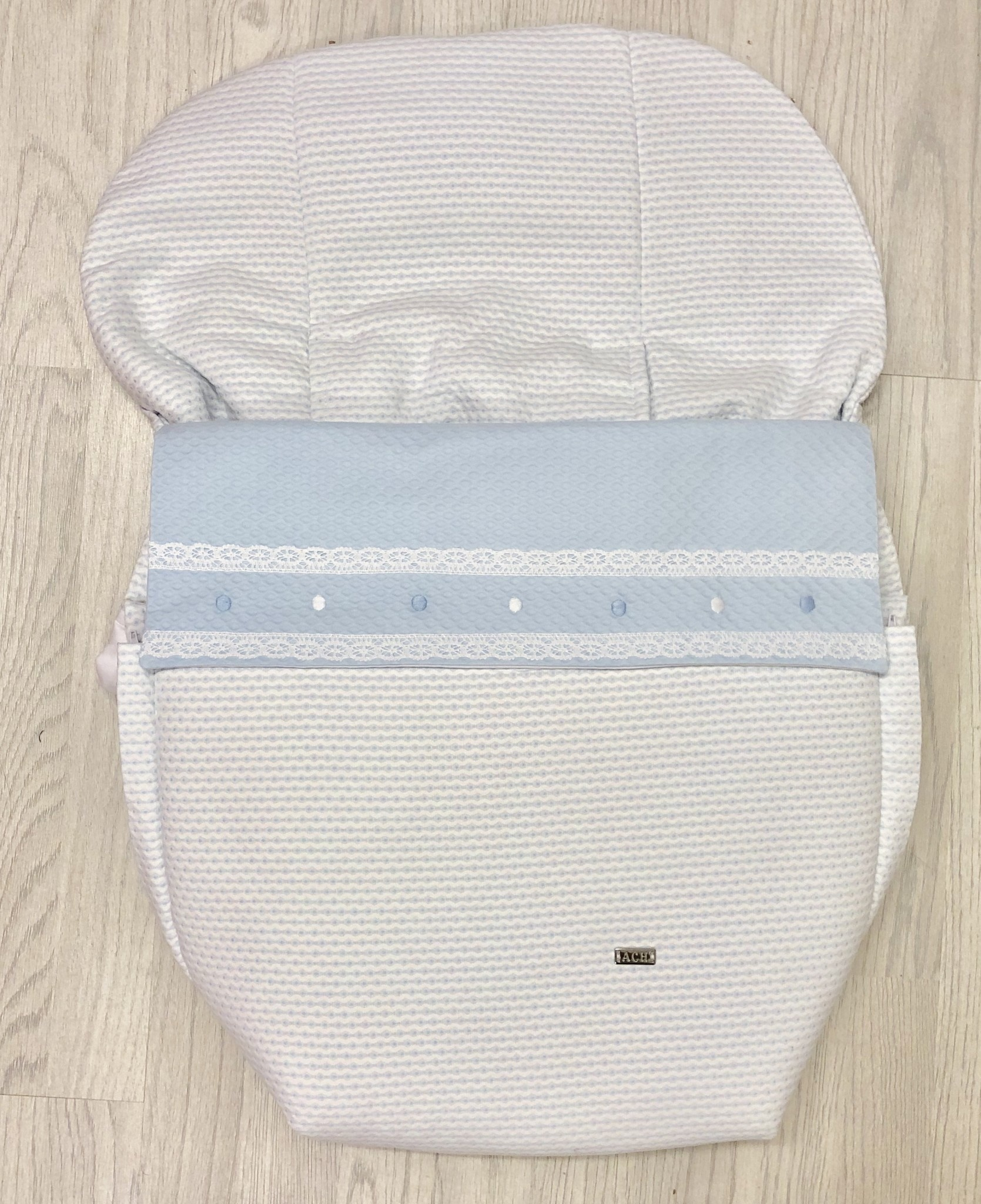 Artesania 708 Blue - White Car Seat Cover