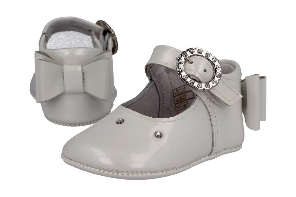 Andanines Andanines 201808 White Bow back Pram Shoe