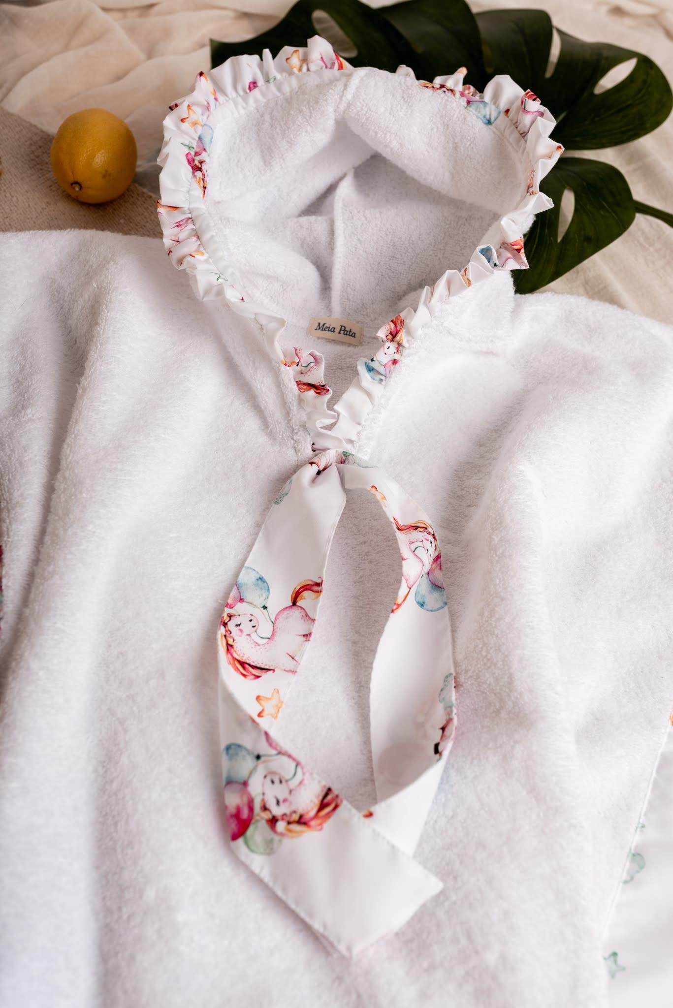 Meia Pata Meia Pata Unicorn Towel Poncho S21