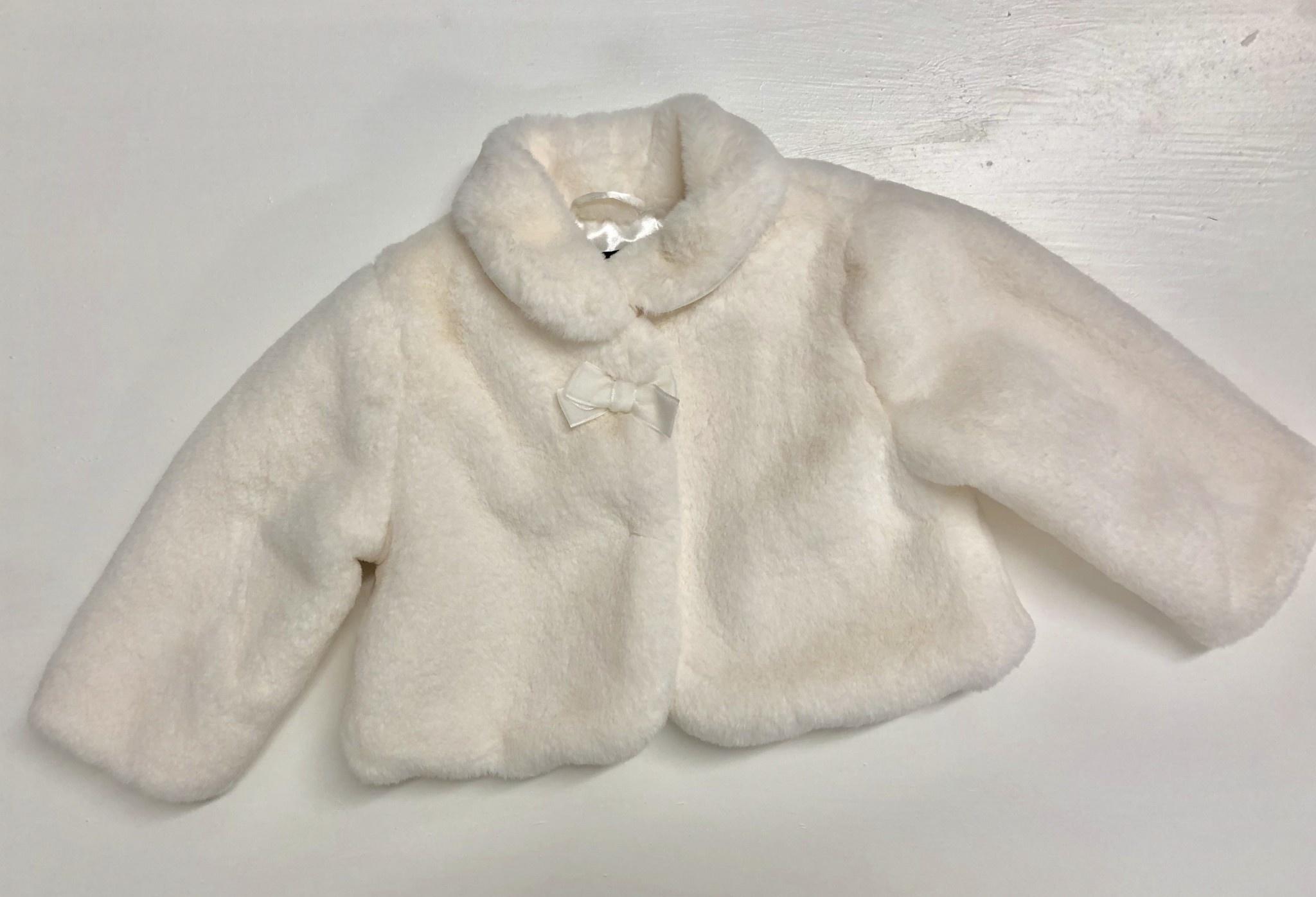 Ido Ido Winter White Faux Fur Coat