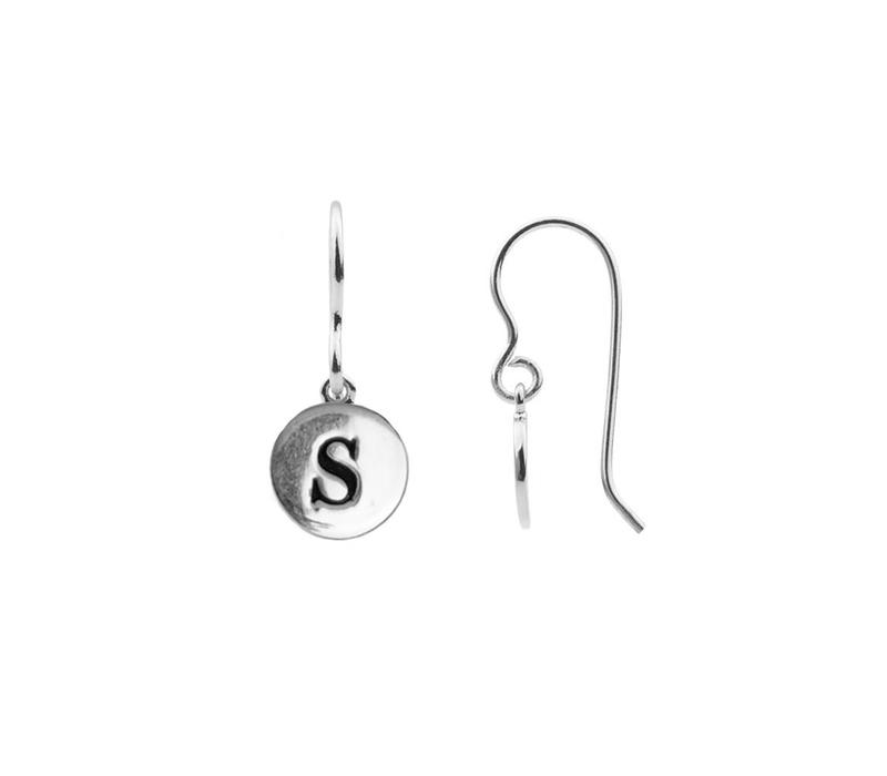 Character Silverplated Oorbel letter S