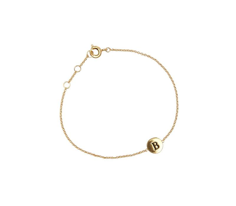Bracelet letter B gold