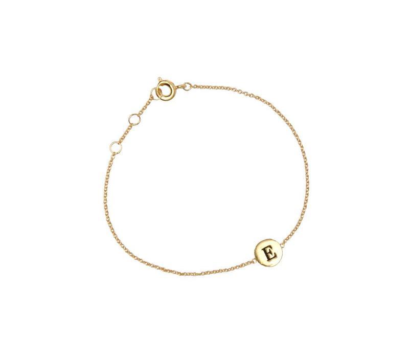 Armband letter E 18K goud