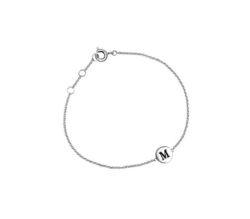 Character Silverplated Armband letter M