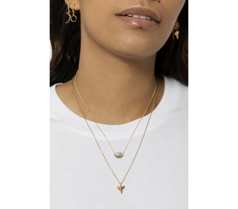 Souvenir Goldplated Necklace Tooth