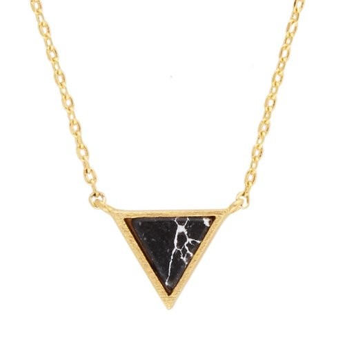 Ketting Triangle C Black Howlite goud