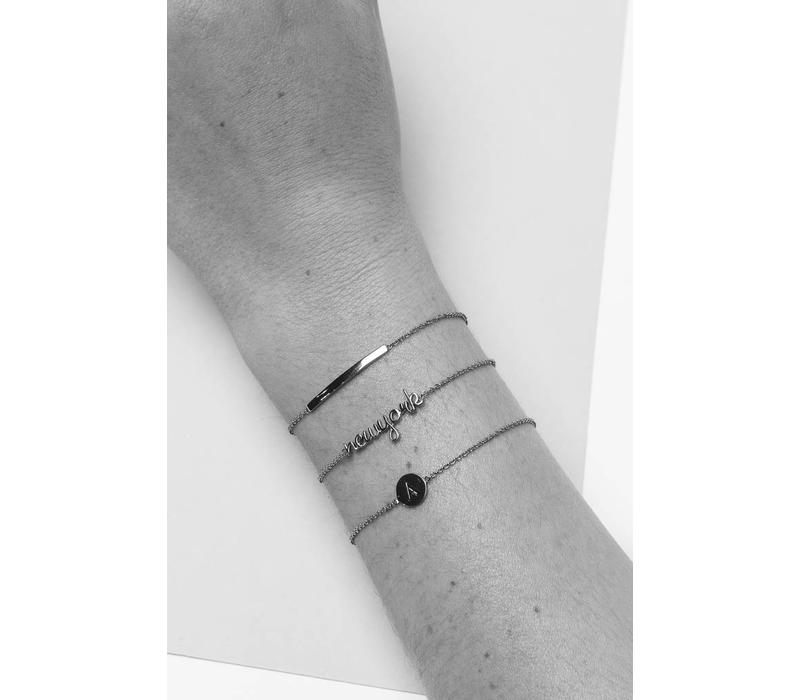 Character Silverplated Armband letter Q