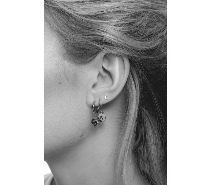 Earring letter W silver