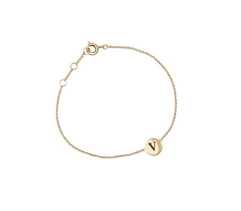 Armband letter V 18K goud