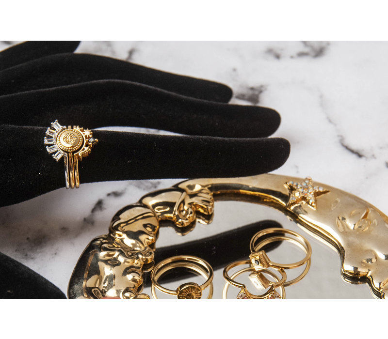 Magique Goldplated Ring Crown Star Black