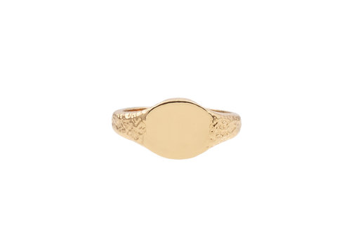 All the Luck in the World Chérie Goldplated Ring Signet Oval