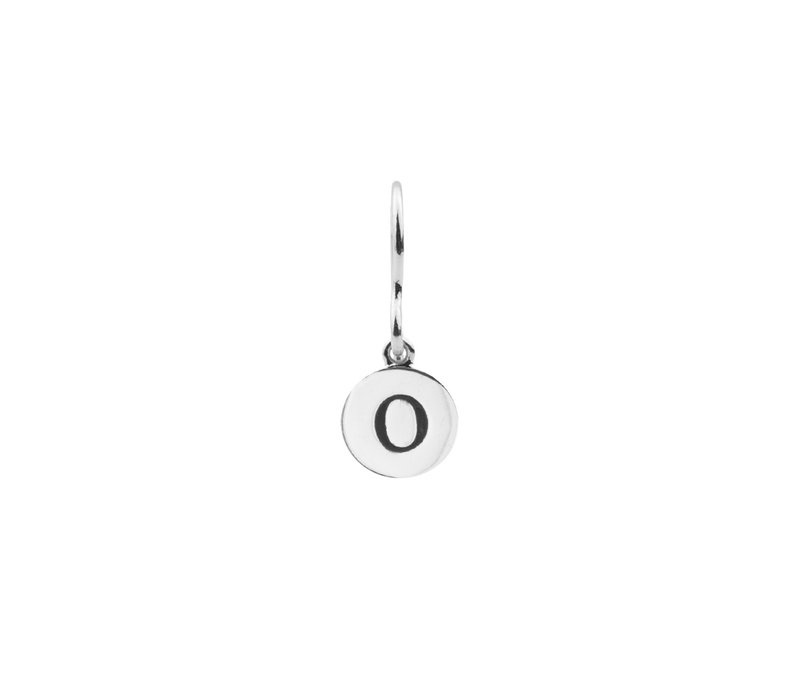 Character Silverplated Oorbel letter O