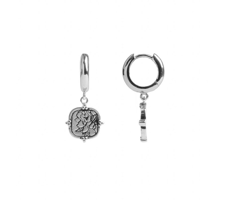 Charm Silverplated Earring Peony Square
