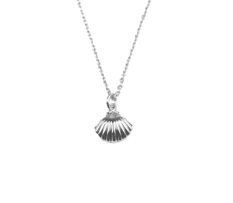 Souvenir Silverplated Necklace Sea Shell