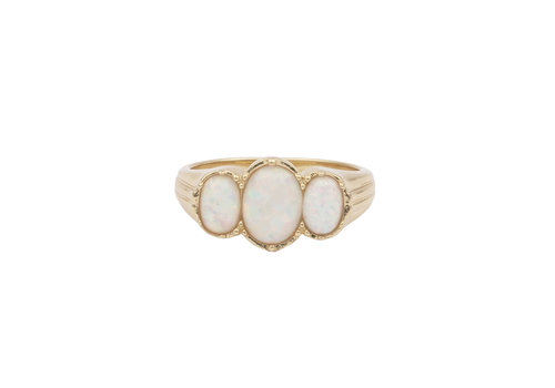 All the Luck in the World Chérie Goldplated Ring Oval Wit