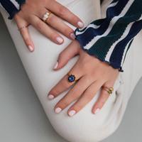 Ring Bloem Donker blauw verguld