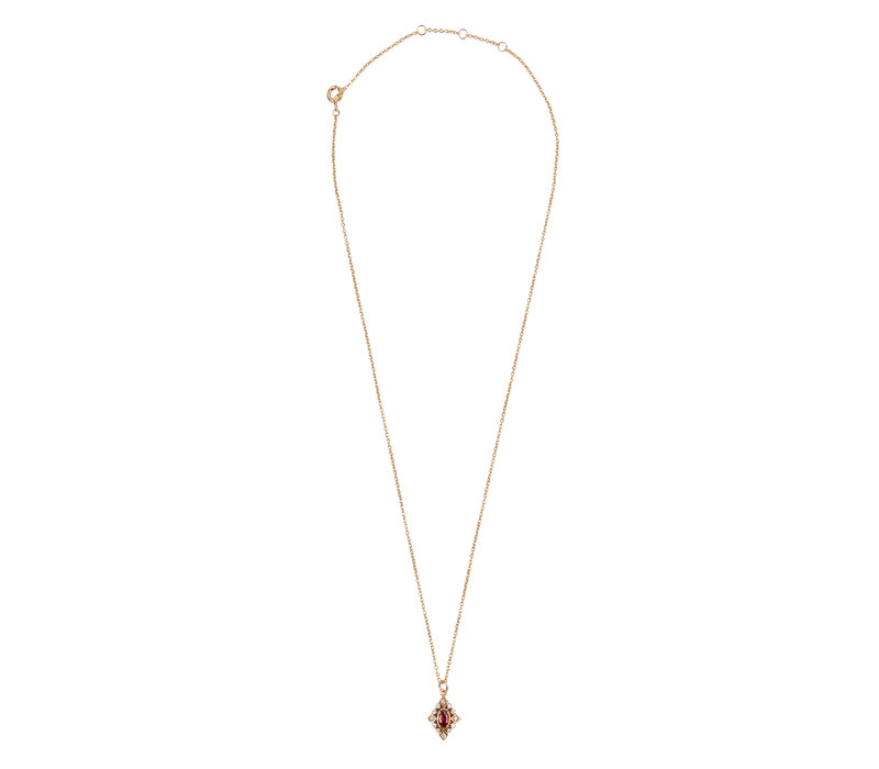 Amour Goldplated Ketting Ovaal Rood Transparant
