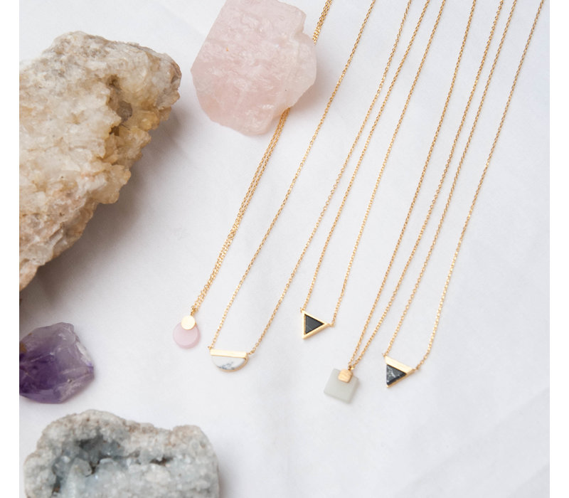 Galaxy Goldplated Necklace Moon B White Howlite