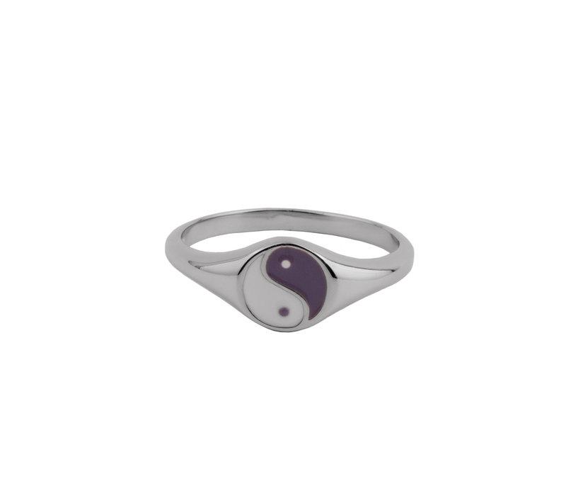 Vivid Silverplated Ring Signet Ying Yang Lila