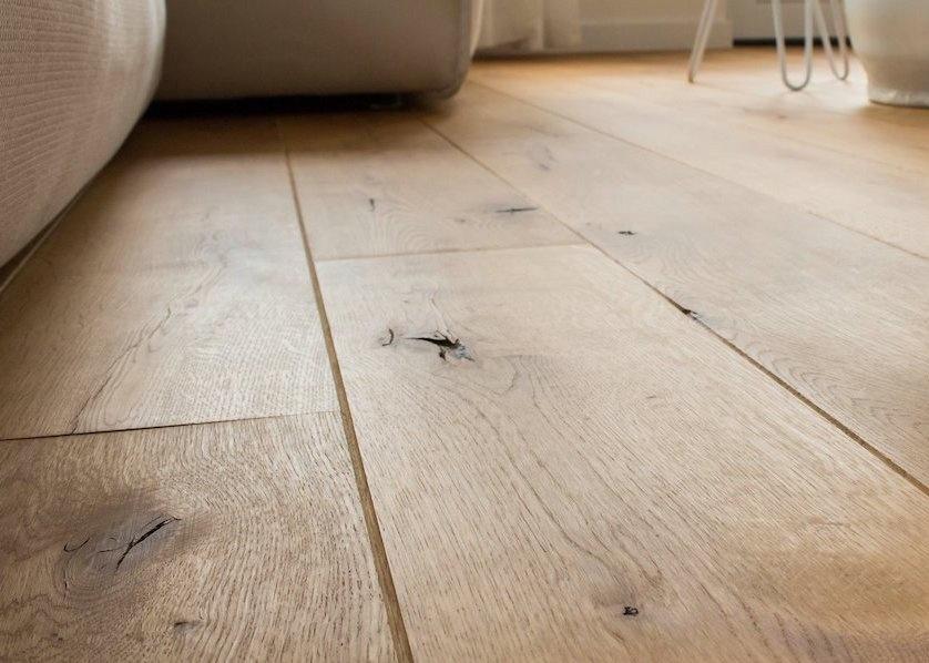 Olie Conditioner als tussenbehandeling houten vloeren